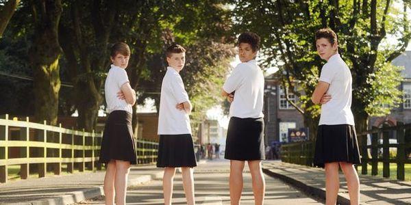 lycéens en jupe