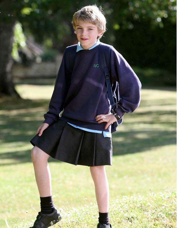 lycéen en jupe